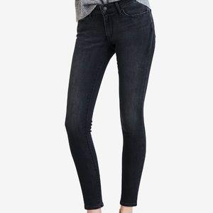 Levi's 711 Ankle Skinny Jean